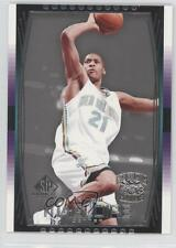 2004-05 SP Game Used #38 Jamaal Magloire New Orleans Hornets Basketball Card