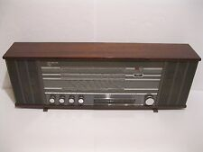 Early PHILIPS B6X52AT FM Stereo 108Mhz 1965 Transistor Radio
