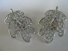 STUNNING VINTAGE ESTATE SILVER TONE SARAH COVENTRY LEAF CLIP EARRINGS C186