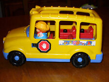 Fisher Price School Bus 1998 With 2 Little People
