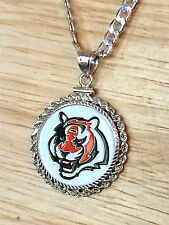 HEAVY SILVER NECKLACE KEYRING W/ NFL CINCINNATI BENGALS a SETTING JEWELRY GIFT