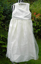 Pre-loved Gorgeous Ivory Bridesmaid / Confirmation / Party Dress Age 11 146 cm