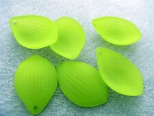 16x24mm 40/80pcs FROSTED JOLLY GREEN ACRYLIC PLASTIC PETAL BEADS CHARMS TY85703