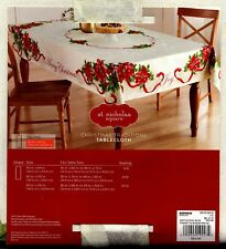 POINSETTIA CHRISTMAS TRADITIONS COTTON/POLY OBLONG TABLECLOTH NEW