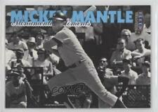 1998 Fleer Tradition Monumental Moments #8MM Mickey Mantle New York Yankees Card