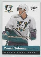 2000 Upper Deck Vintage #2 Teemu Selanne Anaheim Ducks (Mighty of Anaheim) Card