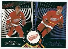 97/98 PACIFIC DYNAGON EMERALD PARALLEL Hockey (#101-144) U-Pick from List