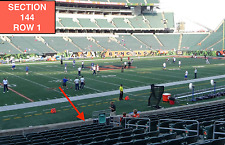 4 Front row Cleveland Browns at Cincinnati Bengals tickets in section 144 row 1