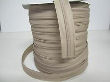 ZIP+ ZIPPER CHAIN COIL #5 200 YDS + 200 PINLOCK SLIDES