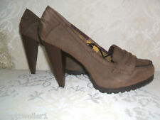 NEW PRIMARK SIZE 5 6 8 MID BROWN FAUX SUEDE MID HEEL LOAFERS / COURT SHOES