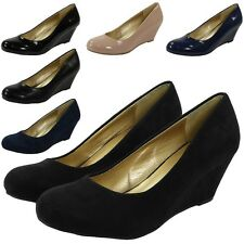 NEW WOMENS LADIES FAUX SUEDE MID HEEL WEDGES CASUAL POSH COURT WORK SHOE SIZE UK