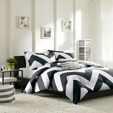 BEAUTIFUL MODERN BLACK WHITE GREY STRIPE SPORT CHEVRON COMFORTER SET NEW ALL SZS