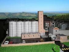Grain Silo - Factory - Card kit. HO/OO, N Gauge, Z Gauge