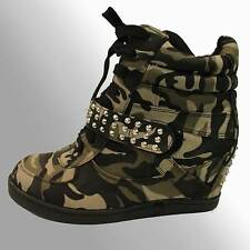 Forever Bootie Fashion Studs Camouflage Wedge Sneakers