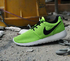 Youth / Womens Nike Roshe Run Sneakers New, Electric Volt / Black 599728-700