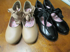 NIB Capezio Girls Tap Dance Shoes Junior Tyette Caramel and Black Patent  M & W