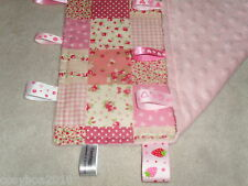 Personnalisé Minky Dot tissu cosytaggy TAGGY COUVERTURE, shabby chic patchwork