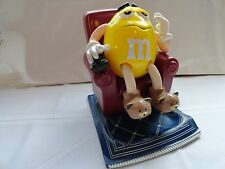 M&M'S CANDY DISPENSER - 1999 - YELLOW LA-Z-BOY M&M IN A RECLINER WITH A REMOTE