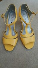 Yellow shoes size 3 / 36