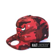 Mitchell & Ness - Chicago Bulls Camo Star Snapback