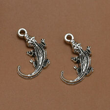 10/30X Tibet Silver Lovely Lizard Gecko Jewelry Finding Charms Necklace Pendant