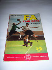 FA YEAR BOOK 1956/57 - #9 - MANCHESTER UNITED / MANCHESTER CITY - ANNUAL