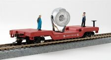 HO 40' Depressed Center Flat Car W/Light, 2 People, Safety First MDP-98220