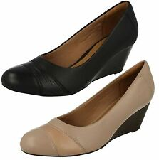 Ladies Clarks Slip-On Wedge Shoes Brielle Tacha