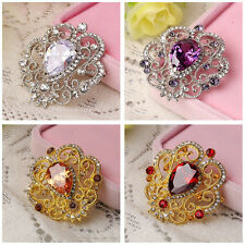 Exquisite Alloy with Rhinestone Inlaid Charming Flower Bouquet Brooch Pin MG