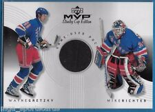 1999-00 UD MVP SC Edition Great Combos Wayne Gretzky Richter game-used puck