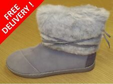 TOMS Girls Boots - GREY SUEDE WITH FAUX FUR YOUTH NEPAL BOOTS - BNIB