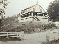 ANTIQUE RPPC FANTASTIC LARGE ARCHITECTURE HOUSE BUILDING ON HILL W AMERICAN FLAG
