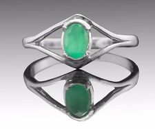 925 Sterling Silver Ring with Oval Natural Green Emerald Gemstone Handcrafted.