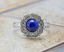 925 Sterling Silver Flower Shape Ring with Natural Blue Lapis Lazuli Gemstone.