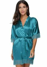 Women Lace Decorated Plus Size V-neck Short Sleeveless Nightgown