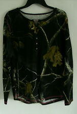 Women's Realtree Black Camo Pink Stitching Long Sleeve Thermal Henley Shirt NWT
