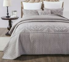 DaDa Bedding Elegant Purple Dyed Yarn Embroidery Quilted Coverlet Bedspread Set
