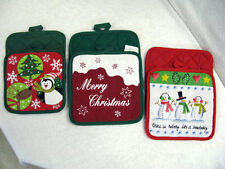 POT HOLDERS SET OF 2 GREAT FOR HOLIDAYS OR WINTER TIME