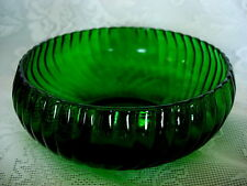 Unusual Vintage Emerald Green Pressed Glass Scalloped Serving Bowl