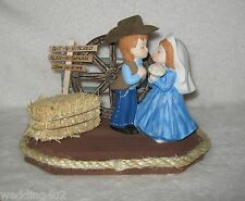 Western Wedding Cake Topper Hay Wagon Wheel Git N Hitched Sign Kissing Couple