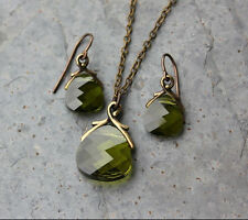 Autumn Olivine Green Crystal Briolette Antiqued Brass Necklace & Earring Set