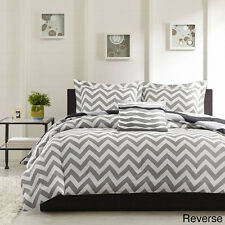 Beautiful Black Grey White Chevron Stripe Sporty Comforter
