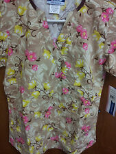 NWT WOMENS PRINT SCRUB TOPS - 4 PRINTS AVAILABLE - SIZE XS - LARGE