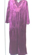 STAN HERMAN WOMANS MURANO VELVET3/4 LENGHT SLEEVES LONG LOUNGE GOWN
