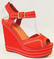 NOS True Vintage1970's doe's 1940's Pin up Platform Wedge Heel Peep Toe Sandals'