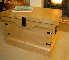 Rustic Wooden Chest Trunk Magazine Storage Toy Box Shabby Vintage Style New