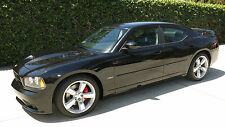 Dodge : Charger SRT8