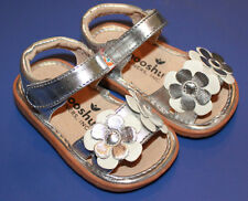 MOOSHU Trainers Squeeker Shoes NEW Silver Sandal Flowers Sz 3-9