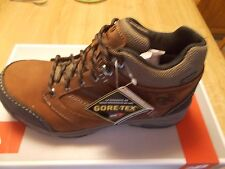 NEW BALANCE MEN'S MW 1569 GORE-TEX MID WALKING SHOE EXTRA WIDE 4E NEW IN BOX