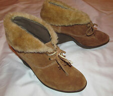 B MAKOWSKY NELLIE  camel suede ankle boots faux fur fold  wedge booties 9.5 M